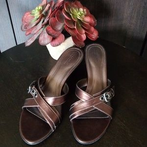 ROCKPORT Bronze Strappy Step In Sandals, Size 7.5M